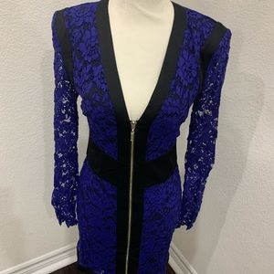 Beautiful zip front long sleeved lace dress